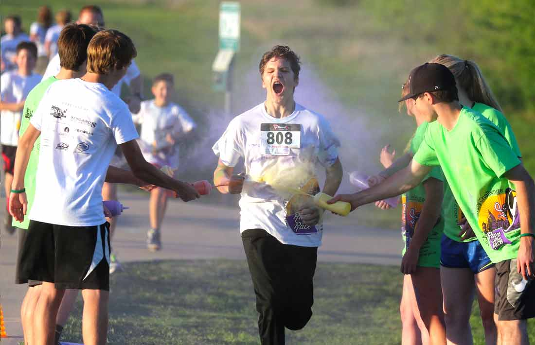 DCA Calvary Challenge Color Run participant