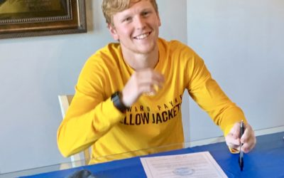Helzer Signs to Play for Howard Payne